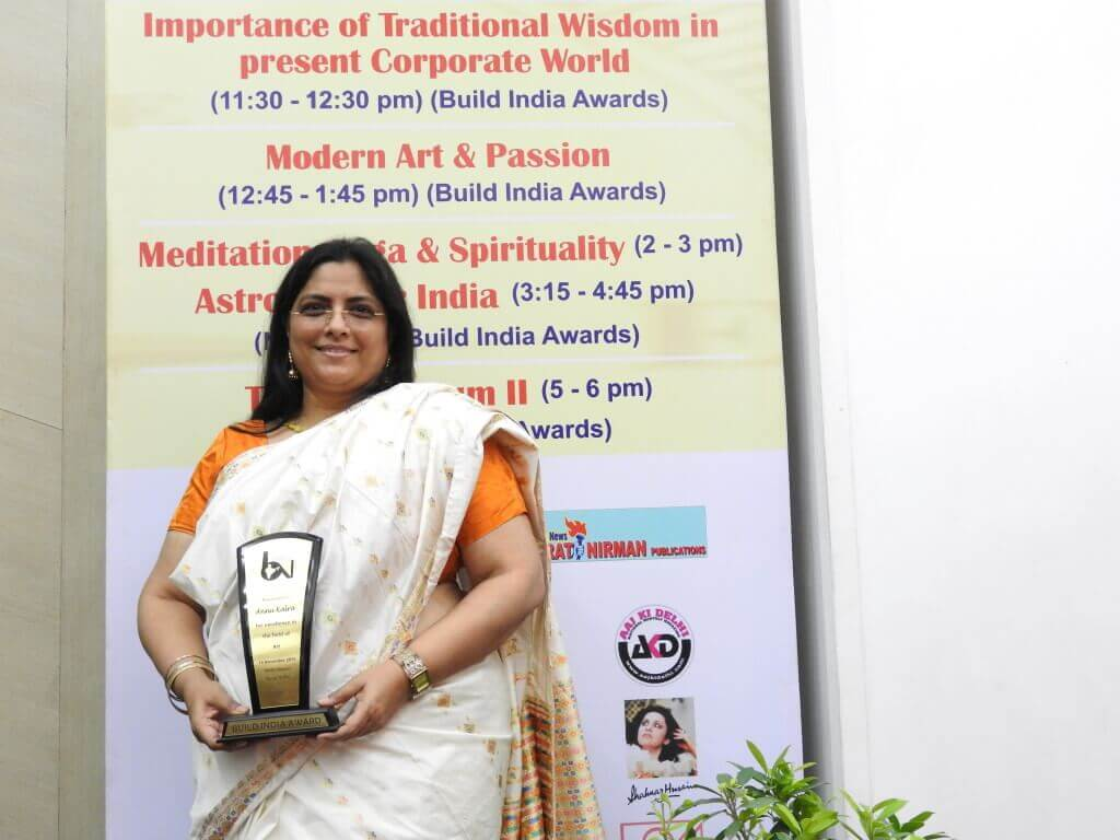 Artist Annu Kalra with the Build India Award 2015