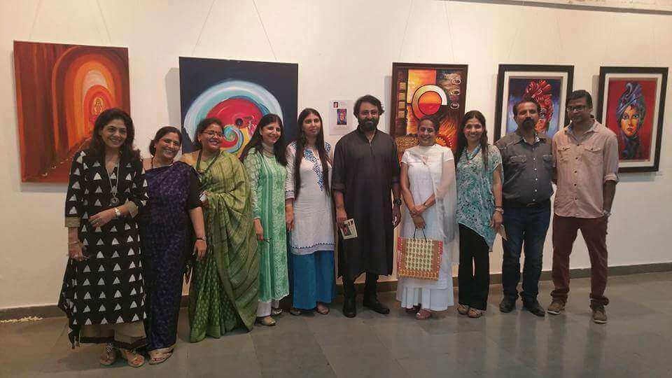 group pic of Artists with annu kalra